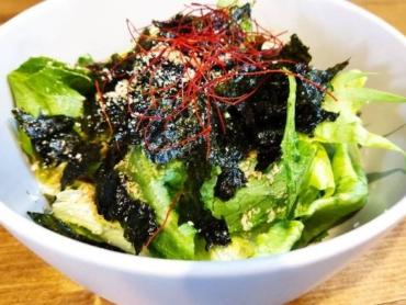 11韓国のりサラダ
