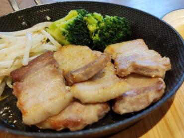 7豚カルビ焼肉