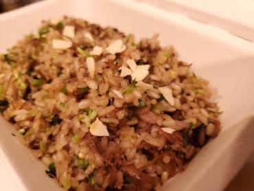 自家製コンビーフ土鍋ご飯